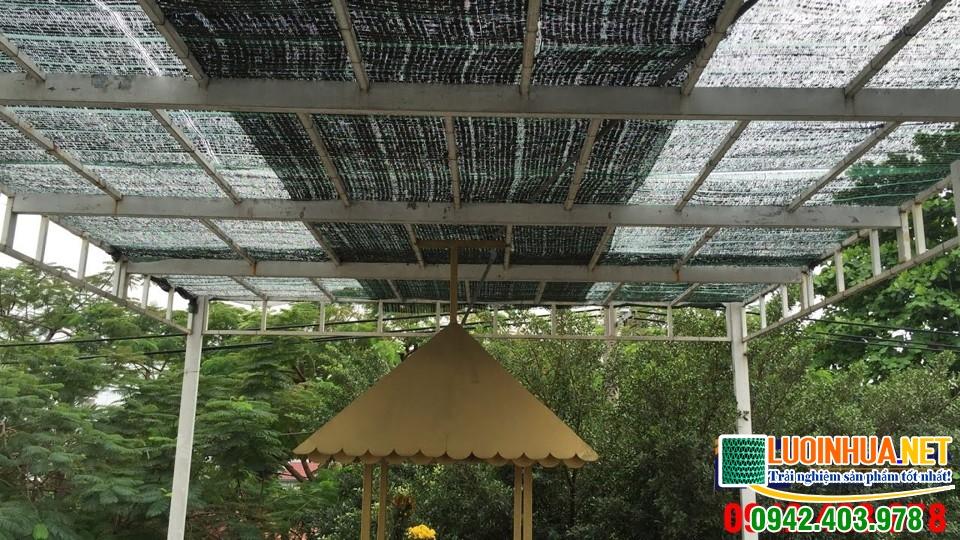 Lưới che nắng mái tôn