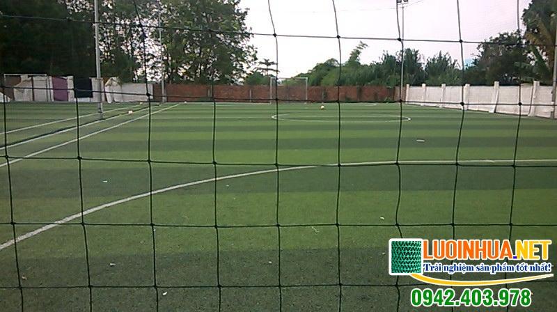 Cung cấp 1.000m2 lưới quây sân bóng cho anh Dũng ở Hà Nội